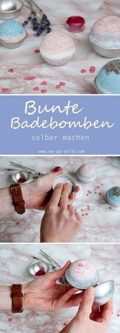 Bunte Badebomben selber machen mit Lavendel und Rosenduft. Die Badebomben diy Version ist viel billiger als die gekauften aber genauso toll. Das Badebomben Rezept ist ganz einfach und leicht nachmachbar.