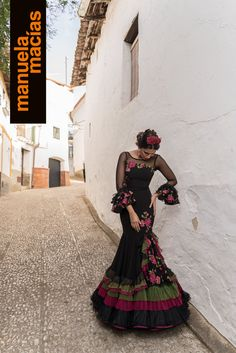 spanish style bars in london Spanish Dress, Spanish Dancer, Spanish Style, Charro Outfit, Charro Dresses, Flamenco Costume, Flamenco Dancers, Flamenco Dresses, Mexican Quinceanera Dresses