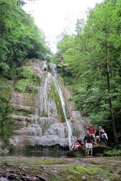 Foto de Salts i Gorgs del Torrent del Puig-Mina dels Bandolers-Grau d'Olot Beautiful World, Beautiful Places, True Beauty, Waterfall, Salt, Country Roads, Outdoor, Traveling, Nature