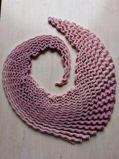 Crochet, Fashion, Shawl, Crocheting, Moda, Fasion, Chrochet, Thread Crochet, Quilting