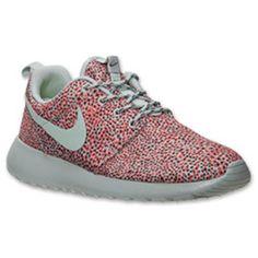 65f7b53a366c Women s Nike Roshe Run Print Casual Shoes