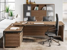 Rectangular executive desk eos office desk by las mobili. Office Table Design, Office Furniture Design, Office Interior Design, Office Interiors, Office Designs, Small Space Office, Home Office Space, Office Spaces, Small Spaces