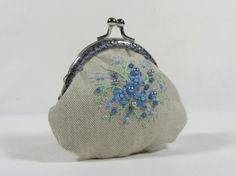 Hand embroidered linen coin purse by JRsbags on Etsy,