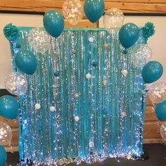 Frozen Birthday Theme, Frozen Themed Birthday Party, 3rd Birthday Parties, Mermaid Birthday, Frozen Birthday Decorations, Balloon Decorations Party, Deco Ballon, Dolphin Party, Mamma Mia