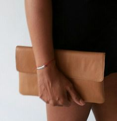 Bagera leather simple clutch