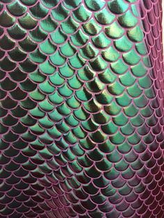 4 way stretch iridescent mermaid fish scales purple and green foil spandex fabric sold by the yard [not washable] Patterns In Nature, Textures Patterns, Print Patterns, Fish Scales, Mermaid Scales, Cute Wallpapers, Wallpaper Backgrounds, Serpent, Colorful Fish