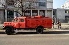 Eine Exfeuerwehr als Fernweh-Mobil: Dank robuster Technik und Allradantrieb...