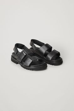 Updated with chunky soles, these sandals are made from smooth leather with a comfortable leather sole and they are secured with hook-and-loop fastenings at the straps. Chunky Sandals, Black Sandals, Leather Sandals, Black Shoes, Leather Gloves, Cow Leather, Leather Bag, Textiles, Summer Essentials