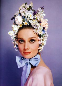 Audrey Hepburn.  Photograph by Cecil Beaton, 1964.  How many amongst us could pull this off?  Ms. Hepburn could......and fabulously!