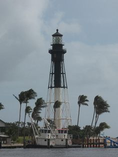 ✯ Stormclouds Over Hillsboro, Florida Light