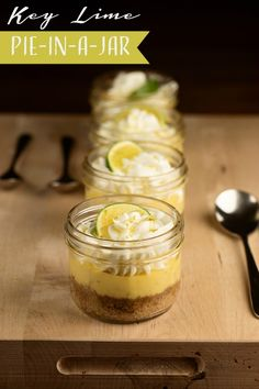 DIY Key Lime Pie-in-a-Jar Recipe #keylime #pieinajar #favors #ediblefavors