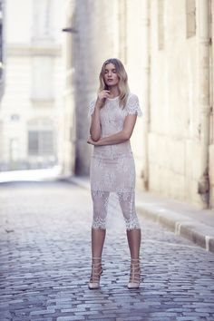 White Runway has been featured in Novela Bride. Keep on reading about an adventure of picturesque Europe, a stroll through iconic Paris with a covetable wedding wardrobe fit in to an overstuffed suitcase & a wanderlust-inspired team of creatives.