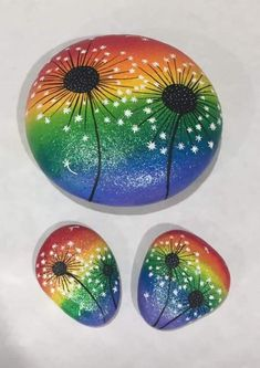 Mandala Painted Rocks, Painted Rocks Craft, Mandala Rocks, Hand Painted Rocks, Painted Stones, Rock Painting Patterns, Rock Painting Ideas Easy, Rock Painting Designs, Paint Ideas
