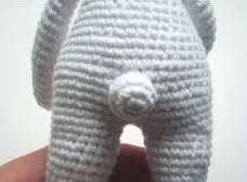 Pretty bunny amigurumi crochet pattern - tail