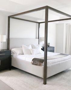 #hotelvibes #whitebedroom Master Bedroom Design, Dream Bedroom, Home Bedroom, Modern Bedroom, Bedroom Decor, Bedroom Ideas, Beautiful Bedrooms, New Room, Cheap Home Decor