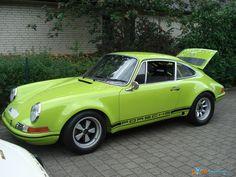 Porsche 911 2,5 ST (1) vergrößern