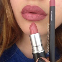 @fortheloveofmakeupbaby Liner = Soar Lipstick = Brave
