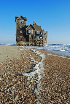 "Abandoned House by the Sea. House at Rodanthe has been moved and turned into ""Inn of Rodanthe"". It's been restored as close as possible to the movie Inn in the movie ""Nights at Rodanthe"". Abandoned Mansions, Abandoned Houses, Abandoned Places, Old Houses, Abandoned Castles, Haunted Places, Old Buildings, Ghost Towns, Beautiful Places"