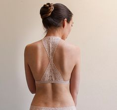 I made this bralette with really beautiful light beige embroidered stretch lace. It features triangular cups and pretty racer style back. The
