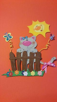 Katze in der Sonne  Fensterbild aus Tonkarton liebevoll gestaltet, beidseitig gearbeitet und akzentuiert   Ca 22 cm hoch  verwendete Materialien: fester Tonkarton, lösungsmittelfreier...