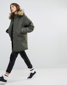 Carhartt WIP   Carhartt WIP Oversized Anchorage Hooded Parka Jacket With Removable Faux Fur