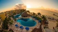 Cancun Vacations - Gran Porto  Resort and Spa Playa del Carmen - All-Inclusive - Extraordinarily exotic and stylish with an air of historical grace, Gran Porto Resort is an all-inclusive resort offering outstanding service.