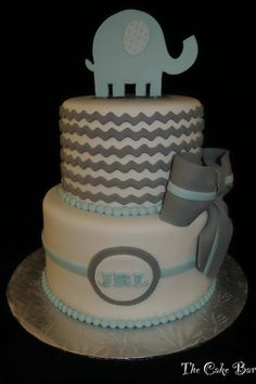 Baby Shower sans the elephant.I like the overall look of this cake/switch up the colors for gender reveal. Baby Shower Cupcakes For Girls, Girl Cupcakes, Baby Shower Fun, Baby Shower Gender Reveal, Baby Shower Cakes, Shower Party, Baby Shower Parties, Cupcake Cakes, Elephant Party