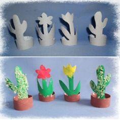 Flor em vaso com rolos de papel h.