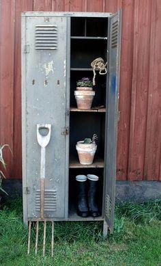 A locker in the garden... great storage idea!