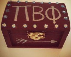 Pi Phi pin box DIY #piphi #pibetaphi #Sorority #Craft #DIY #Greek #Gifts
