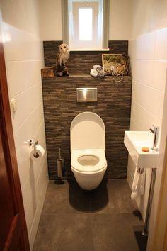 Toilet Room: Country Bathroom by Janny Doornbos Architectural Design . - WC Room: Country Bathroom by Janny Doornbos Architectural Design … - Small Toilet Room, Guest Toilet, Downstairs Toilet, Bad Inspiration, Bathroom Inspiration, Bathroom Ideas, Toilet Closet, Regal Bad, Modern White Bathroom