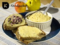 Delicious, fast and easy for spread. With apple, quince and almond mush. Almond, Vegan Recipes, Muffin, Apple, Autumn, Breakfast, Easy, Food, Sandwich Spread