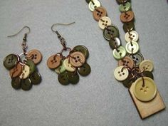 Directions to make button necklace and earrings. At the end of the page