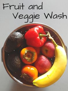 Fruit & Veggie Wash: Why should fruit and vegetables be washed? Pesticides, insecticides, or fungicides. Who touched the produce before you? Time to get scrubbing! Good Healthy Recipes, Healthy Habits, Vegetarian Recipes, Healthy Food, Fruits And Vegetables, Veggies, Fruit And Vegetable Wash, Fitness Models, Natural Living