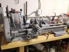 Atlas Press Co. - Atlas 10-F TH42 Metal Lathe | VintageMachinery.org This is the same model as mine but is newer. This one was built in 1946 and its serial number is about 23,000 higher.