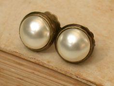 Vintage Glass Cream Swarovski Pearls Studs by vintagebynina