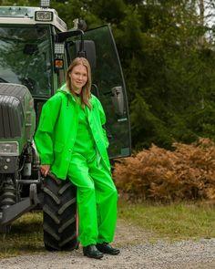 - Farmerrain workwear - Lime green jacket and bibipants Green Raincoat, Country Wear, Rain Suit, Rain Gear, Bronze, Girls In Love, Green Jacket, Girls Wear, Playsuit