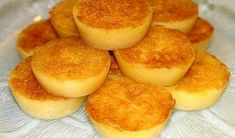 Magic Cake Recipes, Sweet Recipes, Dessert Recipes, Portuguese Desserts, Portuguese Recipes, Brazilian Dishes, Sour Cream Pound Cake, Mini Desserts, Yummy Cookies