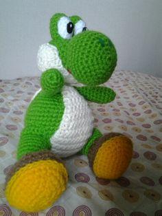 Amigurumi de Yoshi, del videojuego Mario Bros.