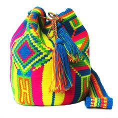 My Mochila by Isabelli  www.myisabelli.com #mochila #wayuu #mymochila Tapestry Bag, Tapestry Crochet, Mochila Crochet, Purses And Bags, Boho, Pattern, Handmade, Crafts, Fashion