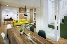 A Businessman's Apartment At The Limit Between Modern And Rustic