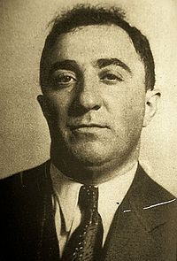 """Louis """"Little New York"""" Campagna – May was a New York mobster and a high-ranking member of the Chicago Outfit for over three decades. Real Gangster, Mafia Gangster, Chicago Outfit, Al Capone, The Godfather, Mug Shots, Bad Boys, Yorkie, Mobsters"""