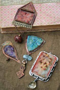 ❥ Art Retreat at the Prairie~ encaustic jewelry {wax filled bezel}