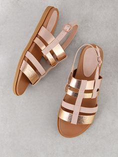 New Balance Women shoes Sneakers - Women shoes Flats Fall - Women shoes Style Casual - - Cute Sandals, Sport Sandals, Women's Shoes Sandals, Shoes Sneakers, Shoes Uk, Wedge Shoes, Dress Shoes, Dance Shoes, Strappy Shoes