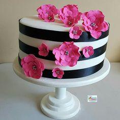 Lo Birthday Cakes For Women, Birthday Cake Girls, 50th Birthday, Birthday Sayings, Birthday Images, Birthday Greetings, Birthday Wishes, Birthday Gifts, Happy Birthday