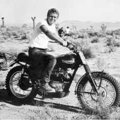 Steve McQueen. In the desert. On the Triumph.