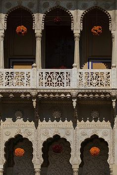 Hindu architecture - House in Rajasthan India Rajasthan India, Jaipur, India India, Ganesh, Taj Mahal, India Architecture, Jaisalmer, North India, Incredible India