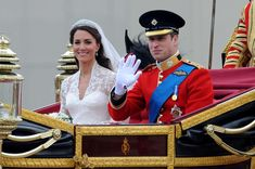 Kate Middleton Photos - The royal wedding of Prince William and Catherine Middleton held at Westminster Abbey. - Royal Wedding: The Carriage Ride