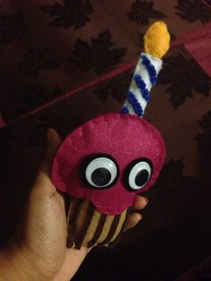 Carl the Cupcake Plushie || Chica from FNAF's cupcake || Five Nights at Freddy's cupcake