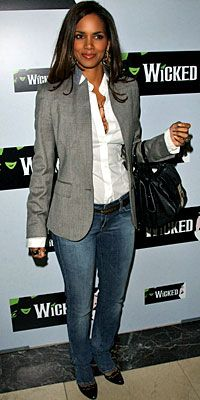 1000 Images About Halle Berry On Pinterest Halle Berry Halle And Halle Berry Style